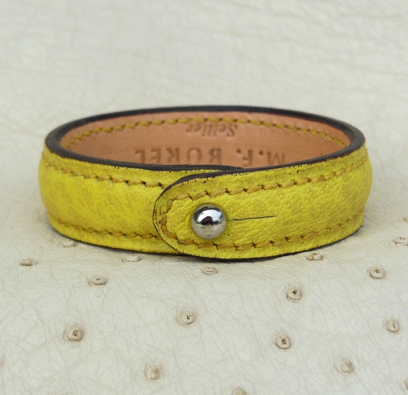 Bracelet bouton, jaune citron