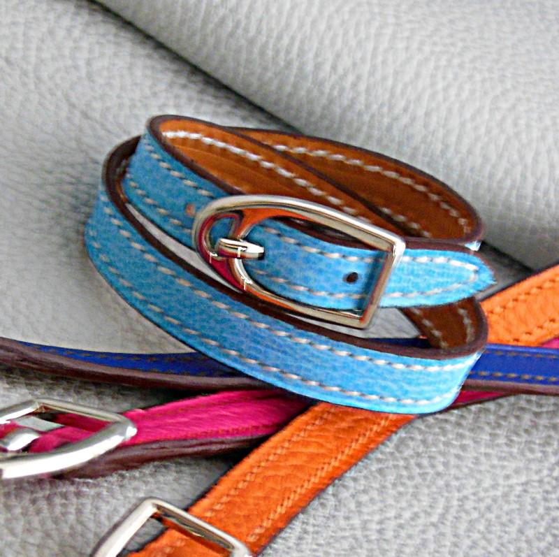 Bracelets étrier, taurillon ciel, orange, rose et bleu royal