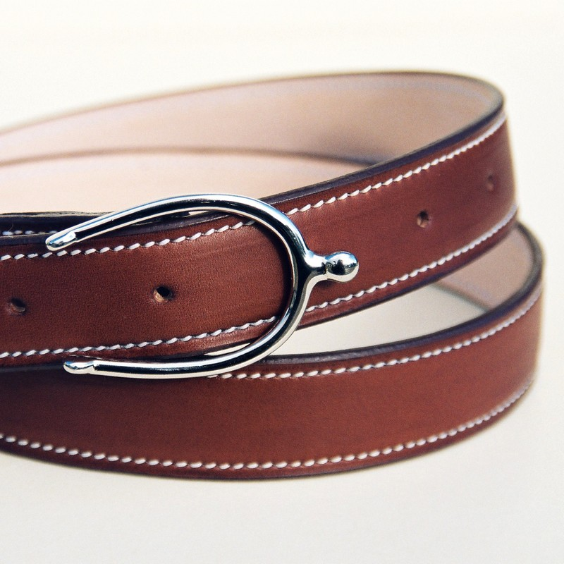 Gold Novo Nappa calfskin belt, with spur buckle 30mm