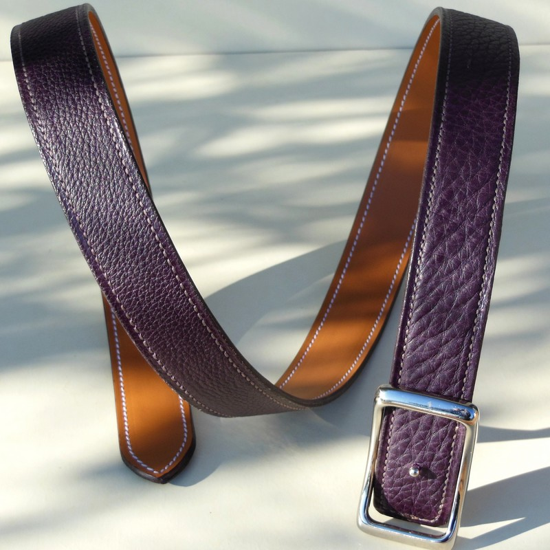 Reversible belt in gold Novo Nappa calfskin and grape bull-calf 30mm