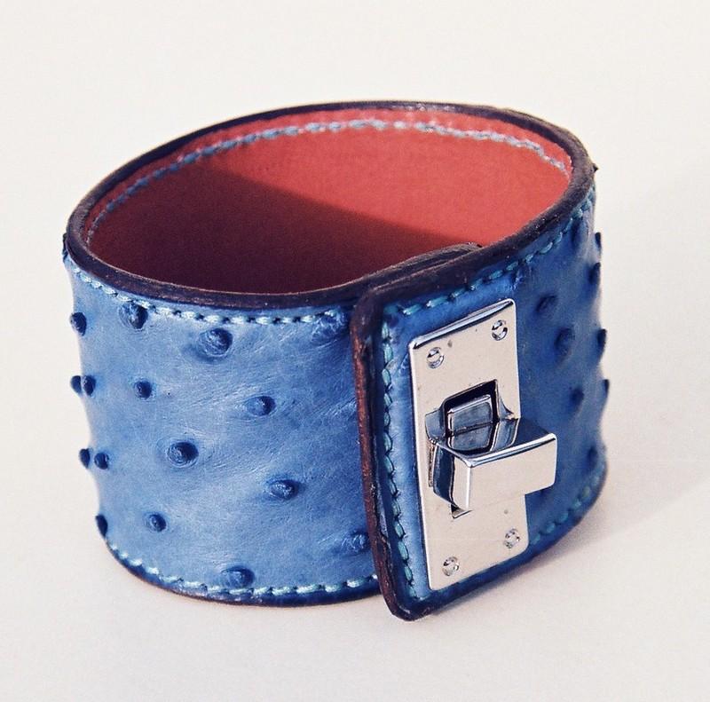 Bracelet autruche, bleu vif