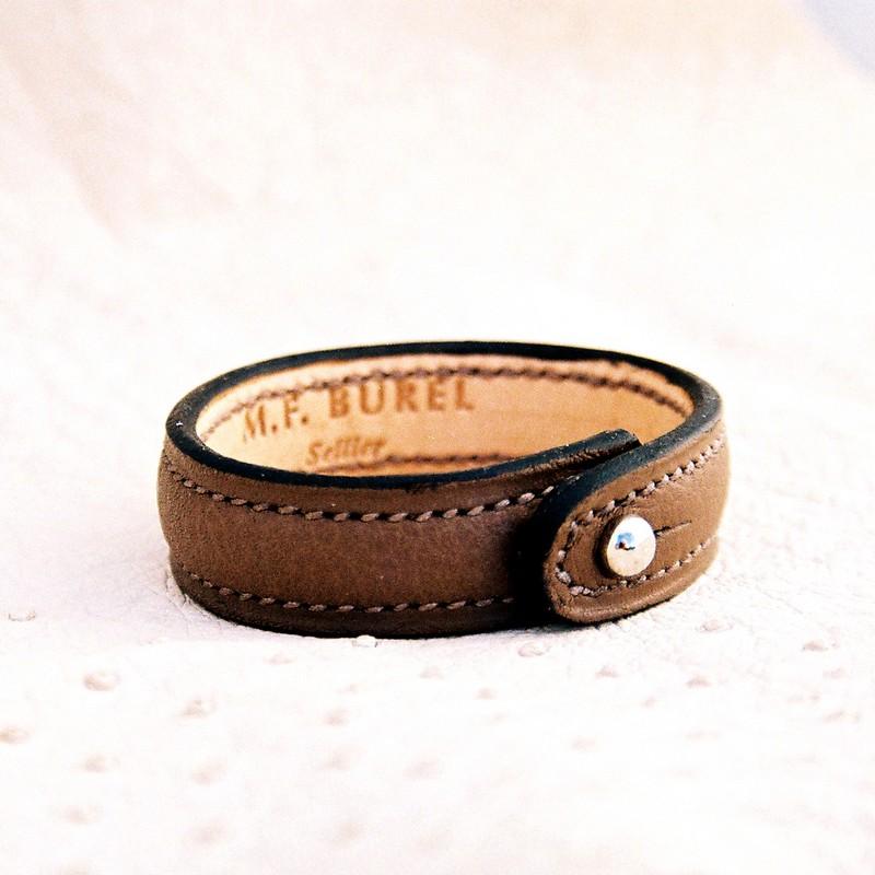 Bracelet bouton havane